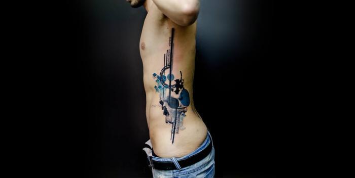 Клейм Стенсил и его акварельные татуировки