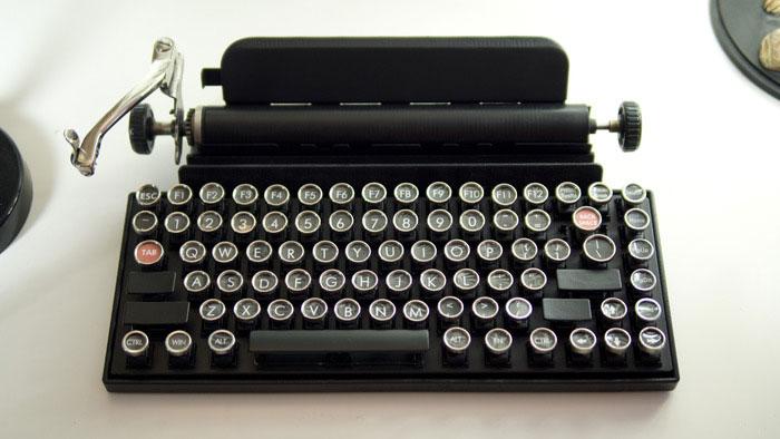 Как превратить винтажную пишущую машинку в клавиатуру. Фото № 1