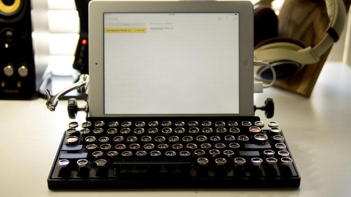 Как превратить винтажную пишущую машинку в клавиатуру. Фото № 3