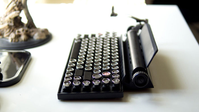 Как превратить винтажную пишущую машинку в клавиатуру. Фото № 5