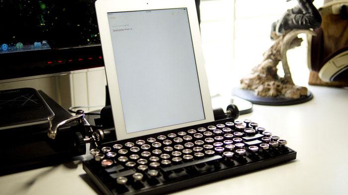 Как превратить винтажную пишущую машинку в клавиатуру. Фото № 6