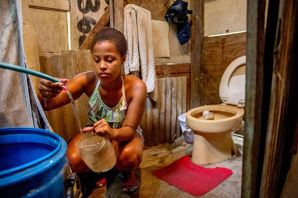 Как выглядят туалеты в разных странах мира. Фото_02