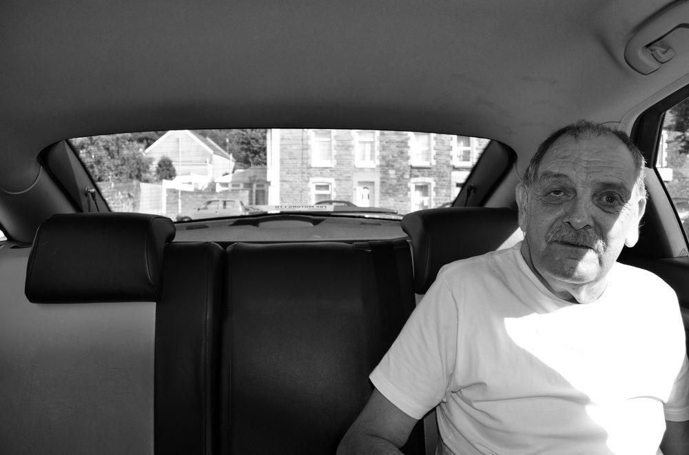 Фотографии пассажиров такси. Фото № 1