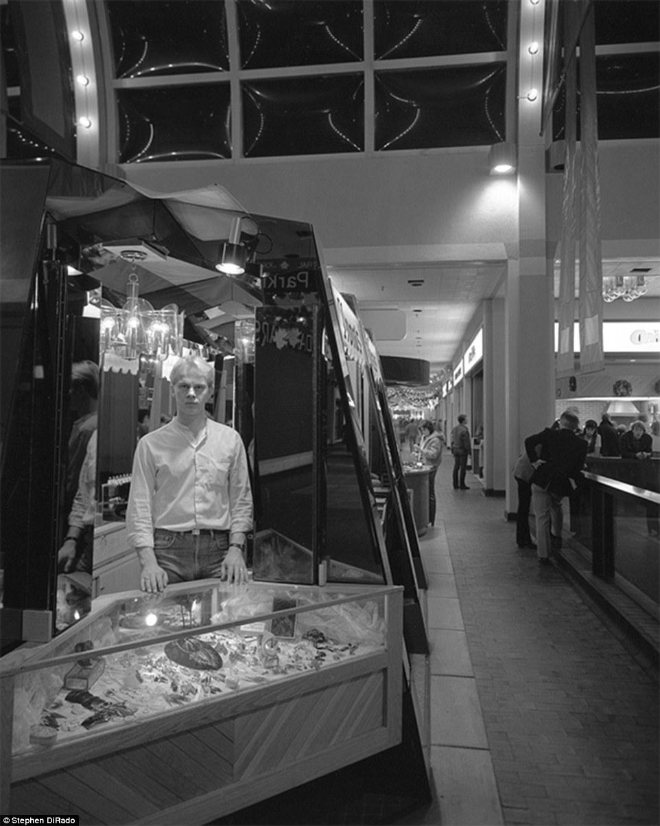 Истории торгового центра. Крысы торгового центра. Фото № 11