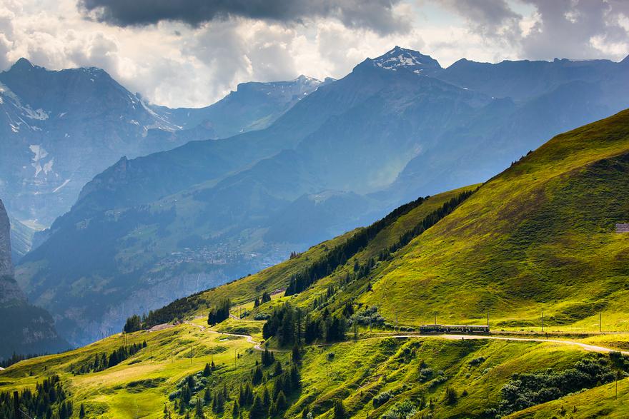 Железная дорога в горах. Швейцарское высокогорье. Фото № 10