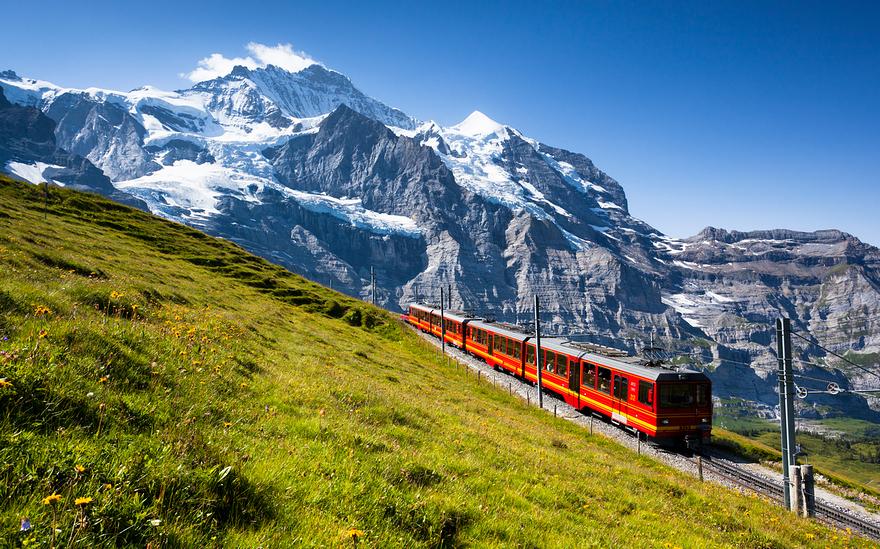 Железная дорога в горах. Швейцарское высокогорье. Фото № 3