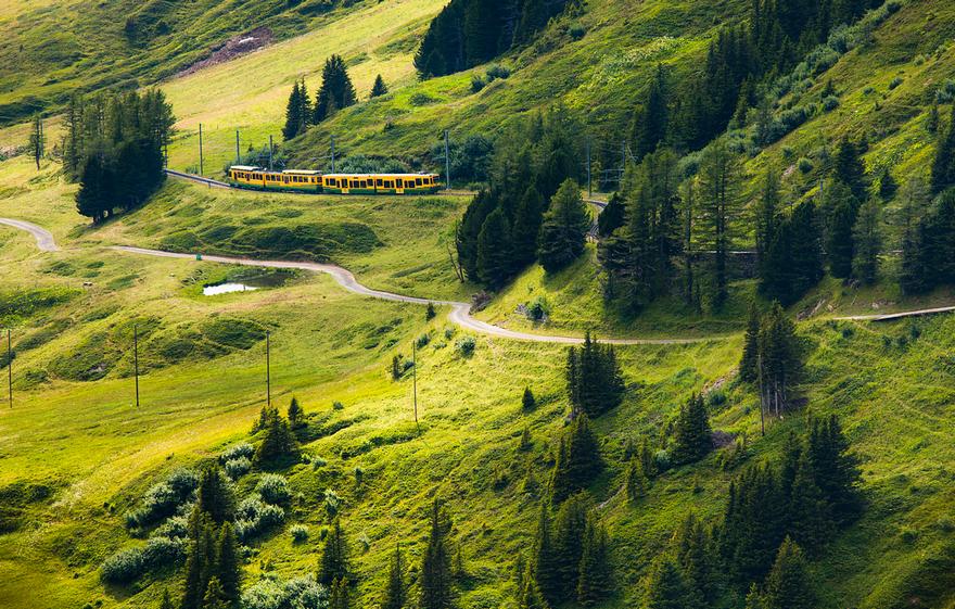 Железная дорога в горах. Швейцарское высокогорье. Фото № 8