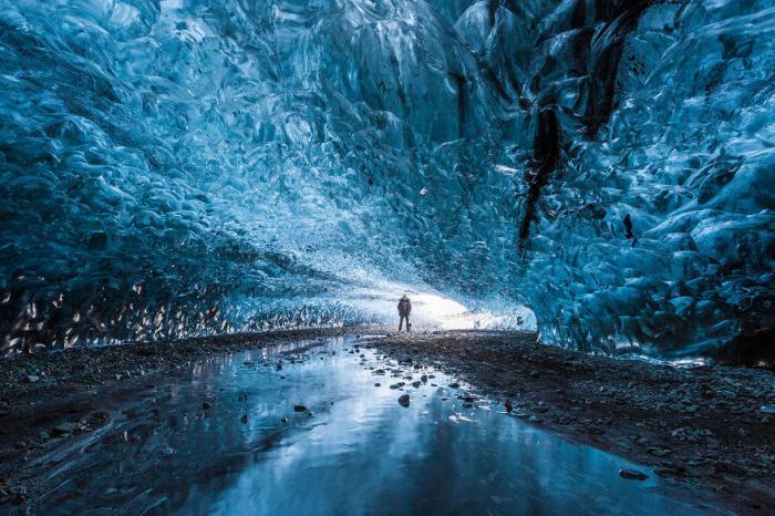 Путешествие в ледяные пещеры Исландии