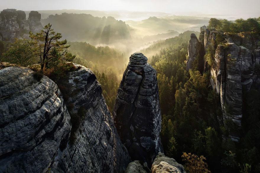 Пейзажи в стиле сказок братьев Гримм. Фото № 6