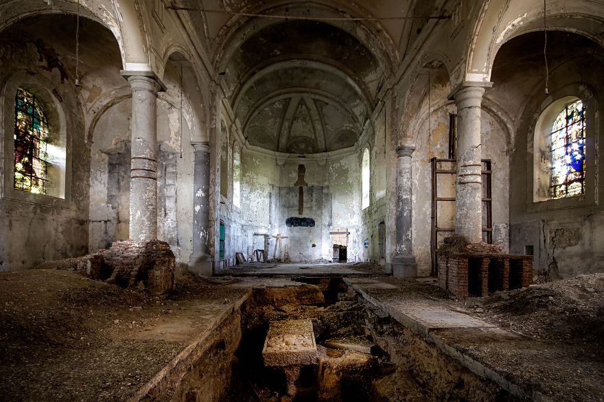Пустые и заброшенные здания и места. Фото № 12