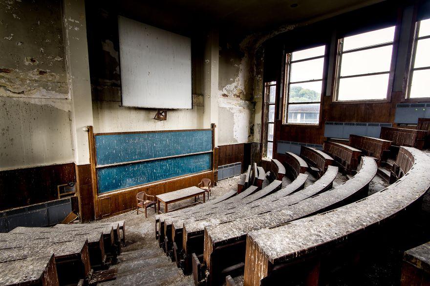 Пустые и заброшенные здания и места. Фото № 5