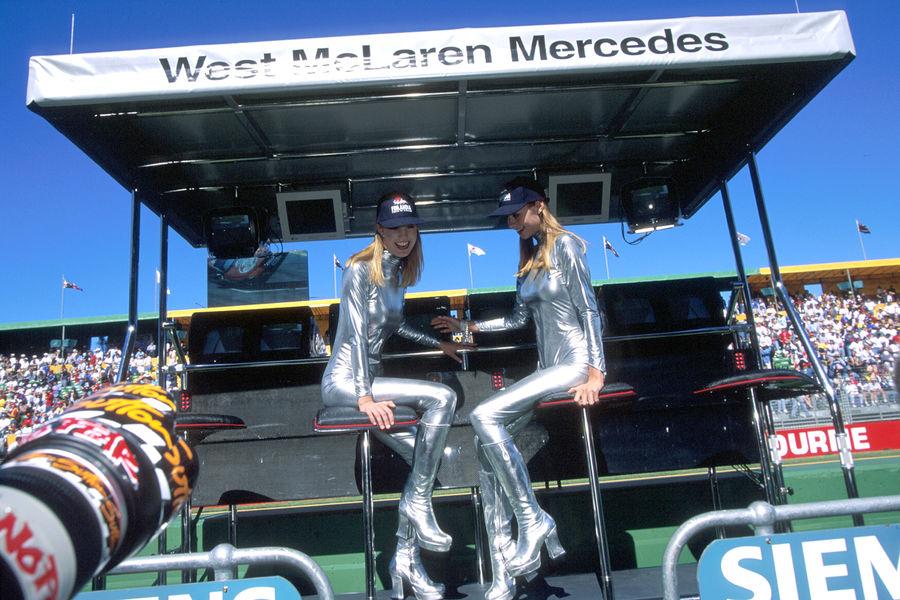 Полуобнаженные красавицы Формулы 1. Фото № 1
