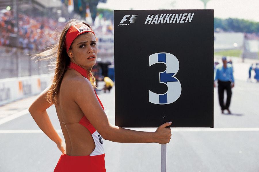 Полуобнаженные красавицы Формулы 1. Фото № 7