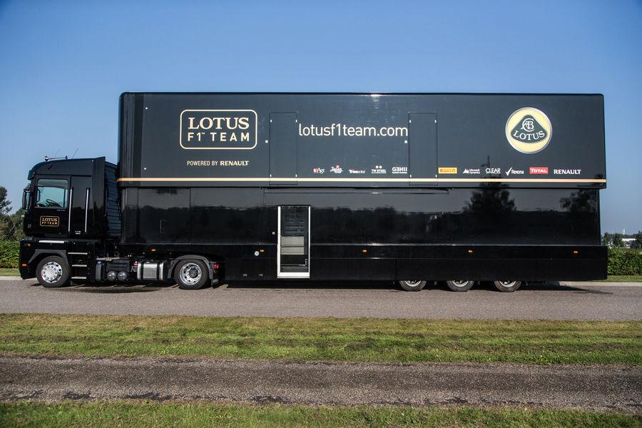 Трейлер, Формула 1, команда. Фото № 4