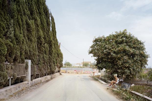 Проститутки ждут клиентов у дороги. Фото № 10