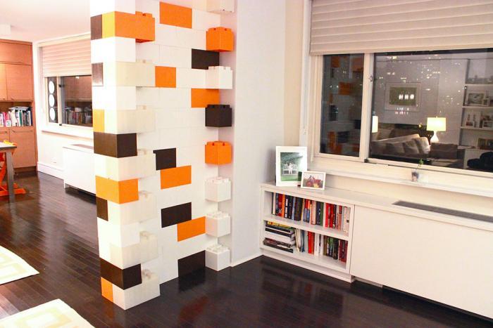 Лего для взрослых: используем при декорировании интерьеров и строительных нужд