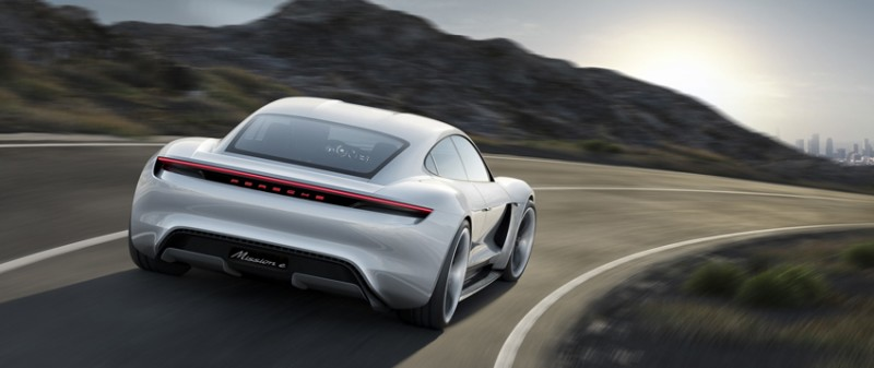 Porsche Mission E Concept фото-4