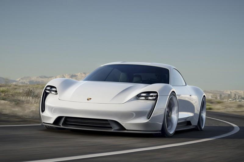 Porsche Mission E Concept фото-7