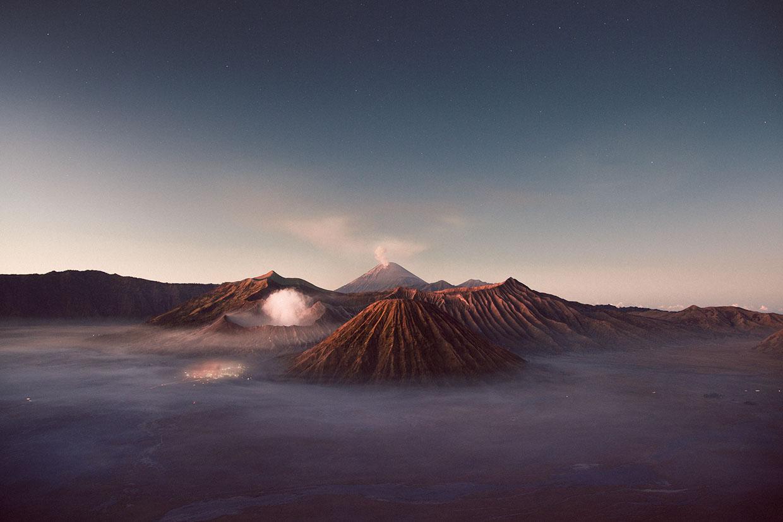 извержение кратера,сера, поток, голубой цвет. Фото № 6