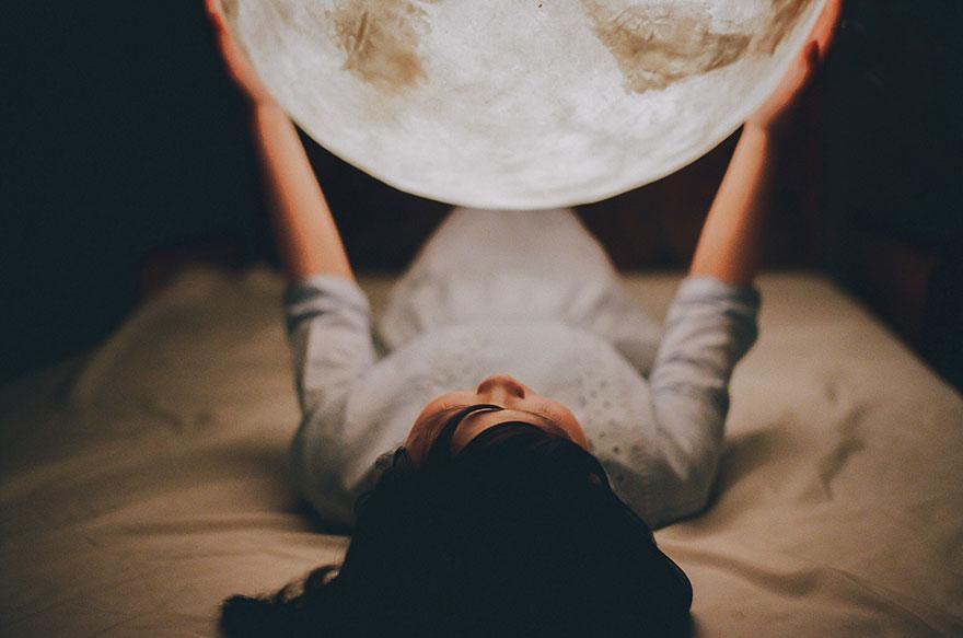 лампа в виде луны, сделано в тайване-9