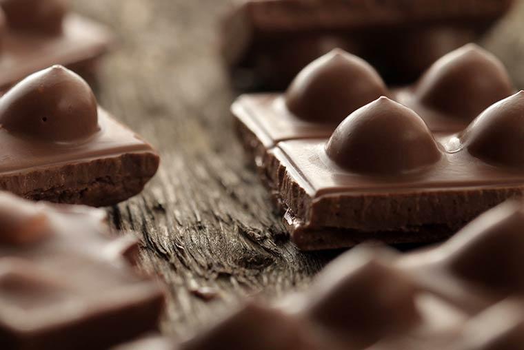 сексуальный шоколад, женская грудь, молочный шоколад, фото_6