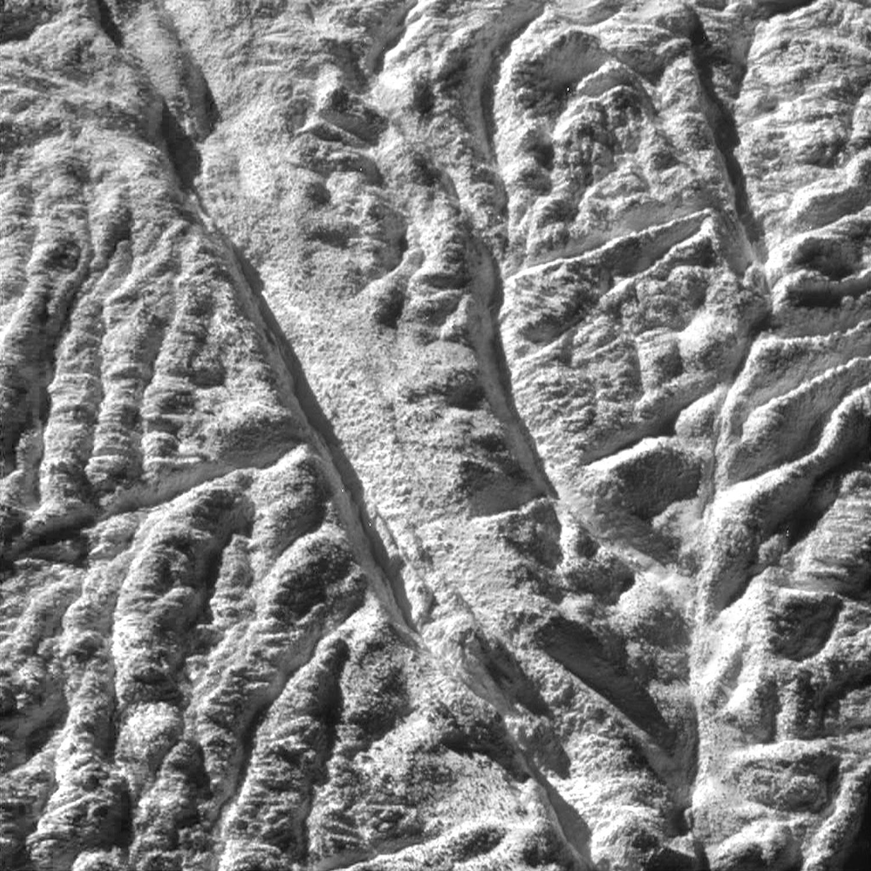Энцелад, ледяной спутник Сатурна-3