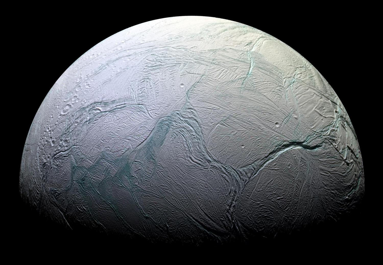 Энцелад, ледяной спутник Сатурна-8