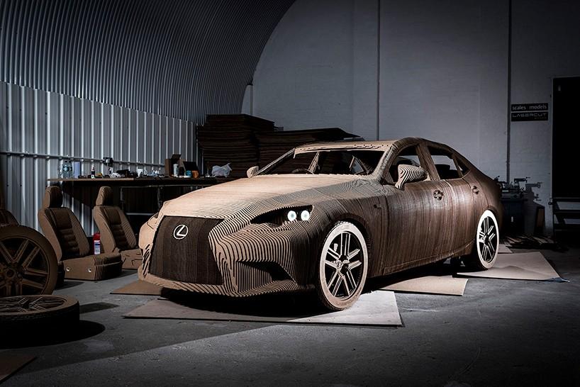 Лексус из картона, Lexus IS1