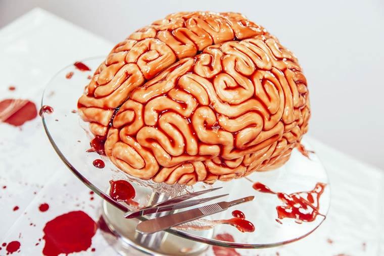 Торт в стиле Ходячие Мертвецы, торт в виде мозга-1