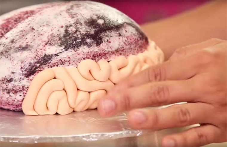Торт в стиле Ходячие Мертвецы, торт в виде мозга-4
