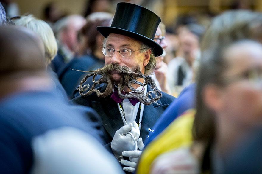 чемпионат мира среди бородатых и усатых 2015-11
