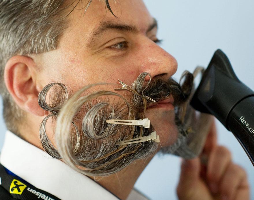 чемпионат мира среди бородатых и усатых 2015-12
