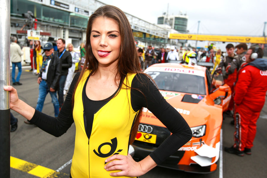 девушки с гонок DTM, сезон 2015 года, автоспорт-18