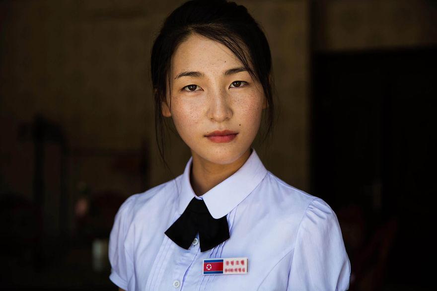 фотографии девушек на улицах Северной Кореи-1