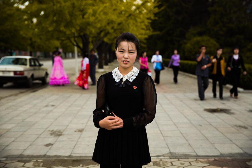 фотографии девушек на улицах Северной Кореи-8