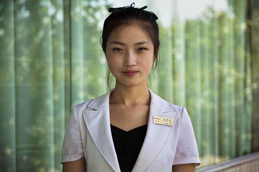 фотографии девушек на улицах Северной Кореи-9
