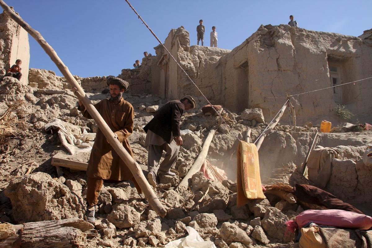 землетрясение, Афганистан, Пакситан-23