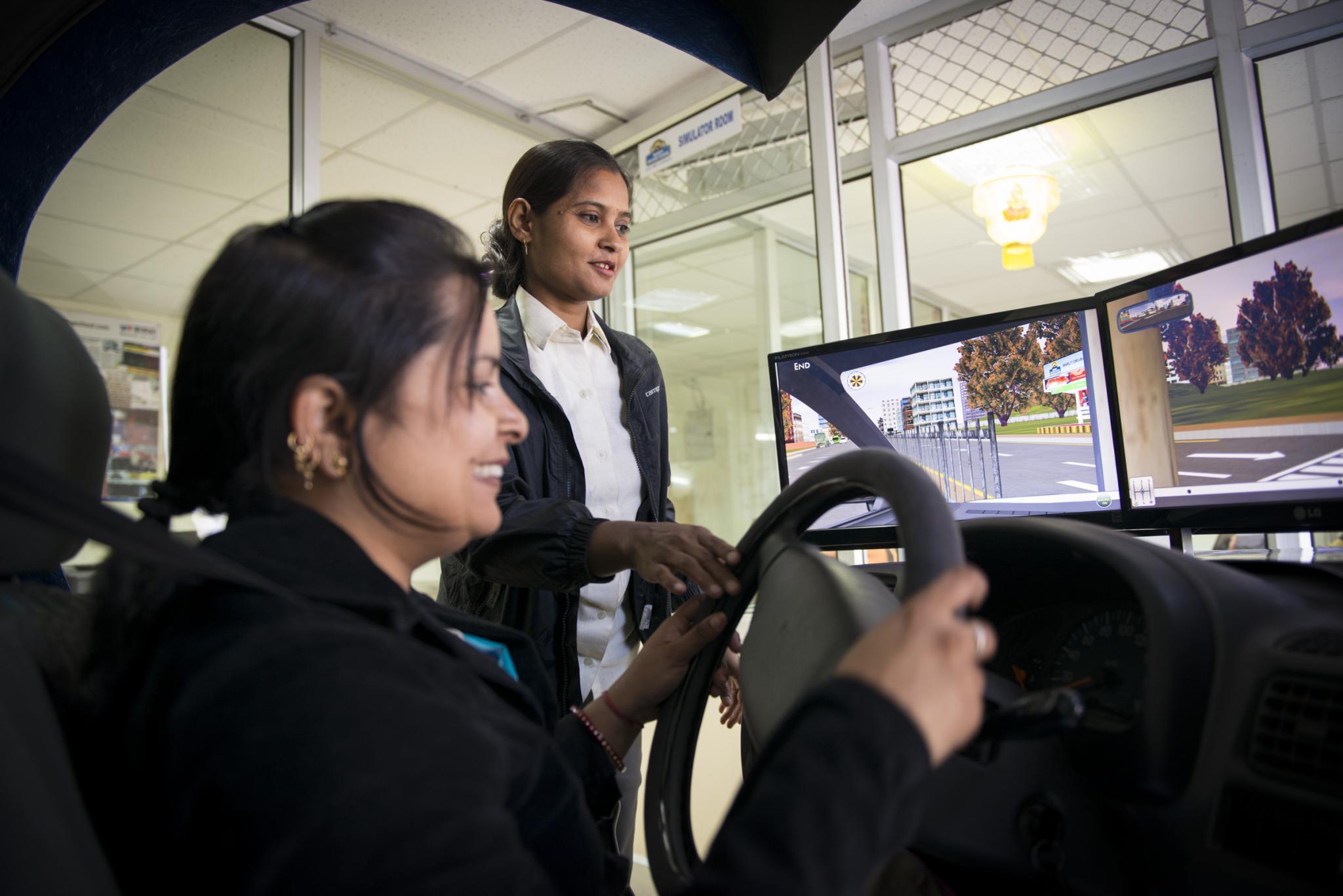 женщина-водитель в Индии-4