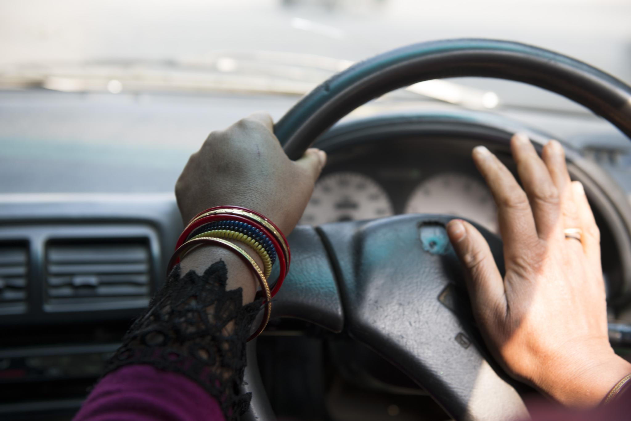 женщина-водитель в Индии-8