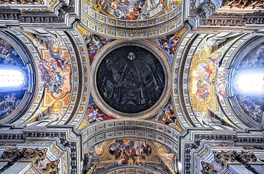 Красота потолков церквей Рима. Фото № 11