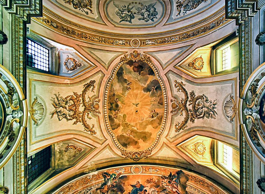 Красота потолков церквей Рима. Фото № 12