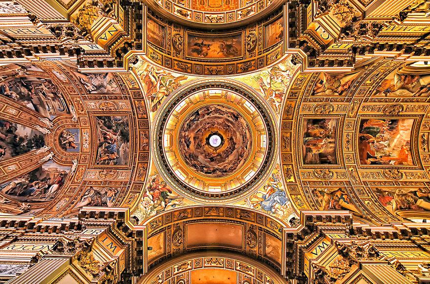 Красота потолков церквей Рима. Фото № 13