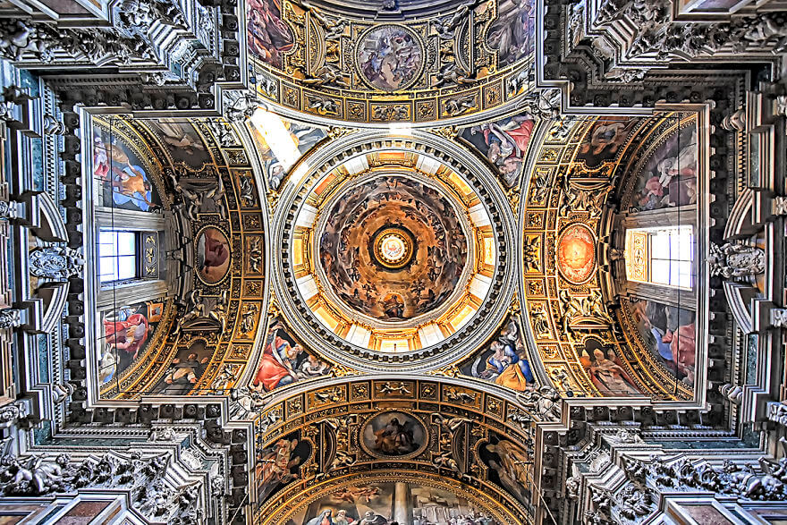 Красота потолков церквей Рима. Фото № 14