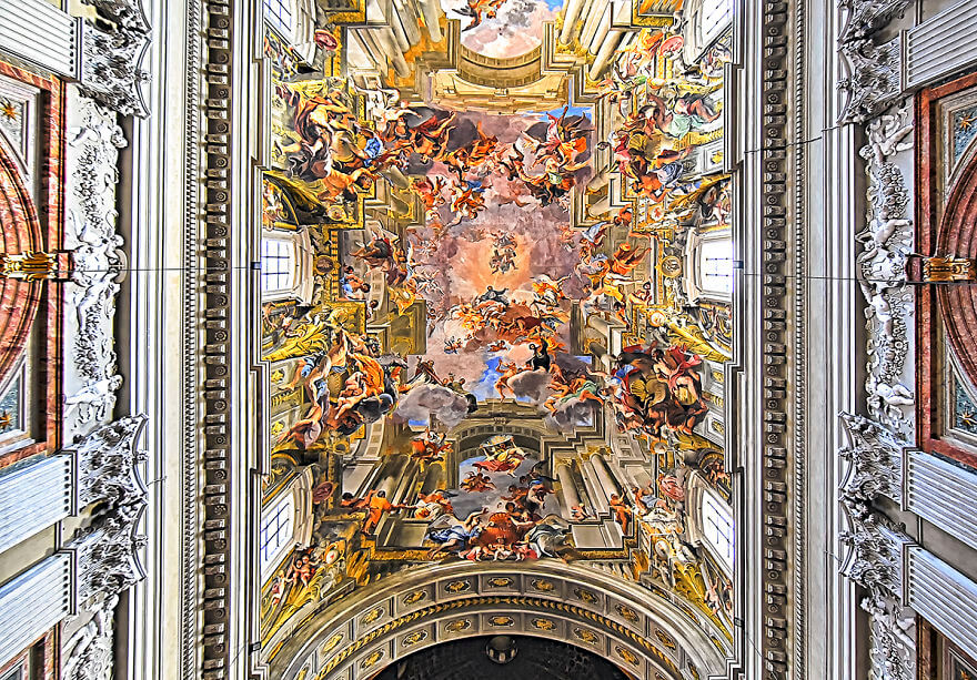 Красота потолков церквей Рима. Фото № 2