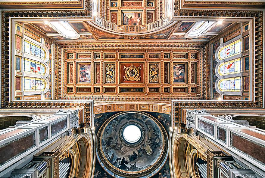 Красота потолков церквей Рима. Фото № 4