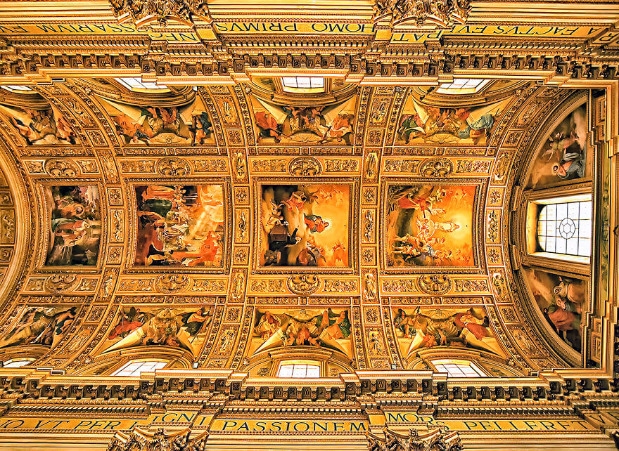 Красота потолков церквей Рима. Фото № 7