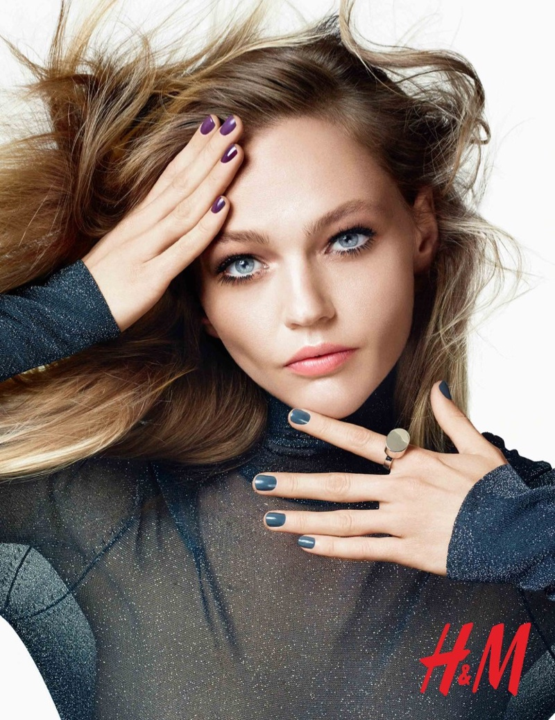 Саша Пивоварова HM-Beauty-Cosmetics-2015-Campaign-3