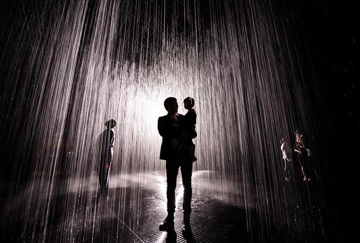 дождевая комната в которой невозможно промокнуть-1