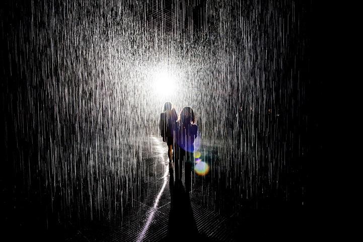 дождевая комната в которой невозможно промокнуть-8