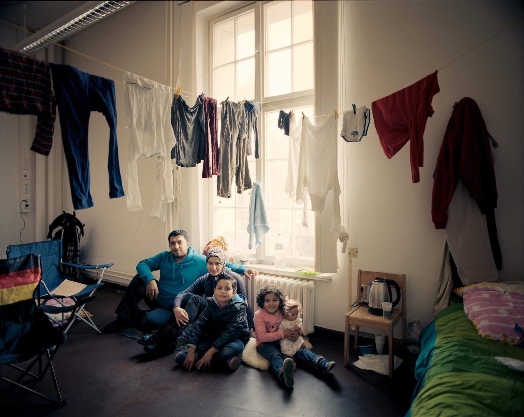 фотографии беженцев в Европе, сирийцы, афганцы-3